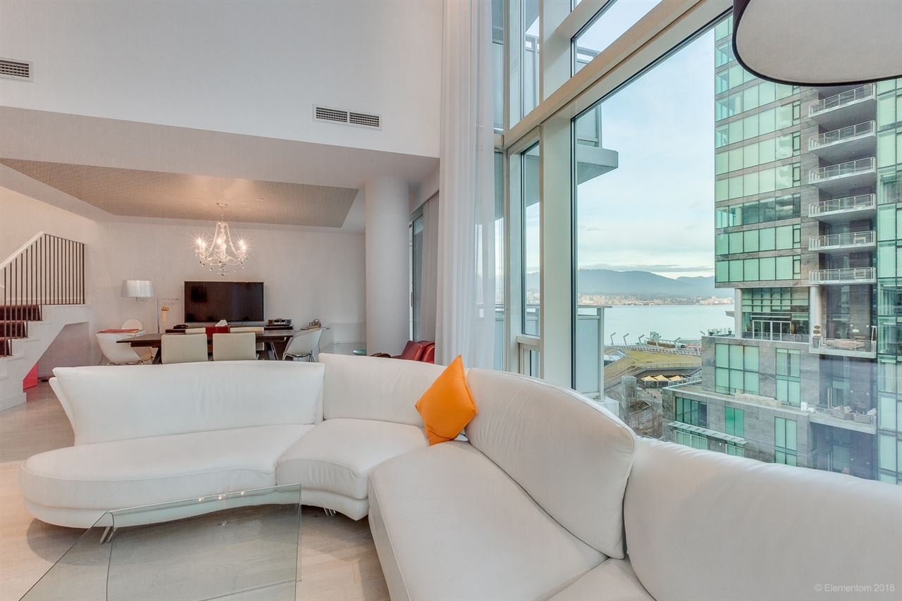 """Photo 7: Photos: 903 1139 W CORDOVA Street in Vancouver: Coal Harbour Condo for sale in """"HARBOUR GREEN TWO"""" (Vancouver West)  : MLS®# R2411117"""
