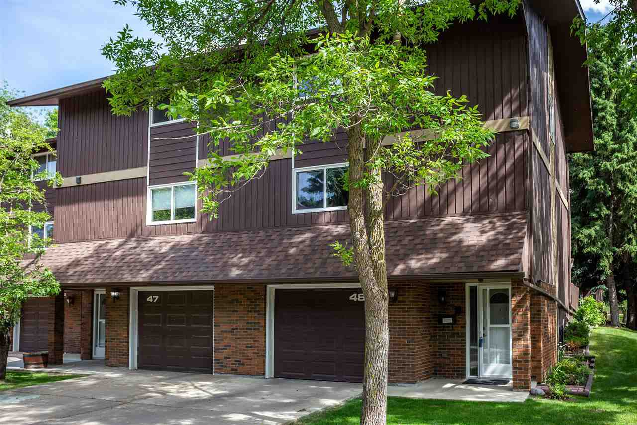Main Photo: 48 Glaewyn Estates: St. Albert Townhouse for sale : MLS®# E4203132