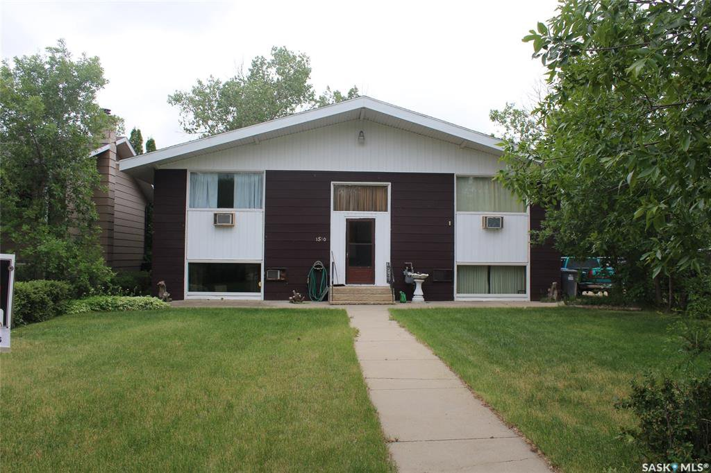 Main Photo: 1510 King Street in Estevan: Pleasantdale Residential for sale : MLS®# SK824074