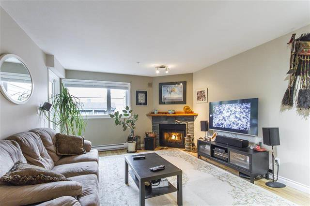 Main Photo: 205 518 Thirteenth Street in New Westminster: Uptown NW Condo for sale : MLS®# R2475091