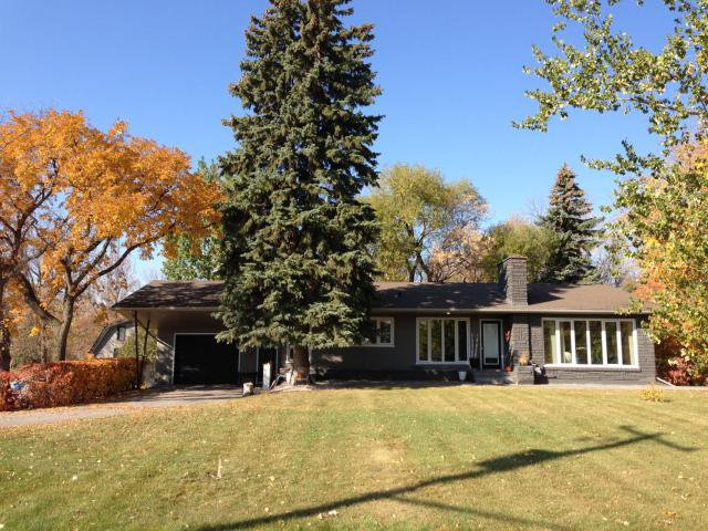 Main Photo: 204 Main Street in LANDMARK: Manitoba Other Residential for sale : MLS®# 1220642