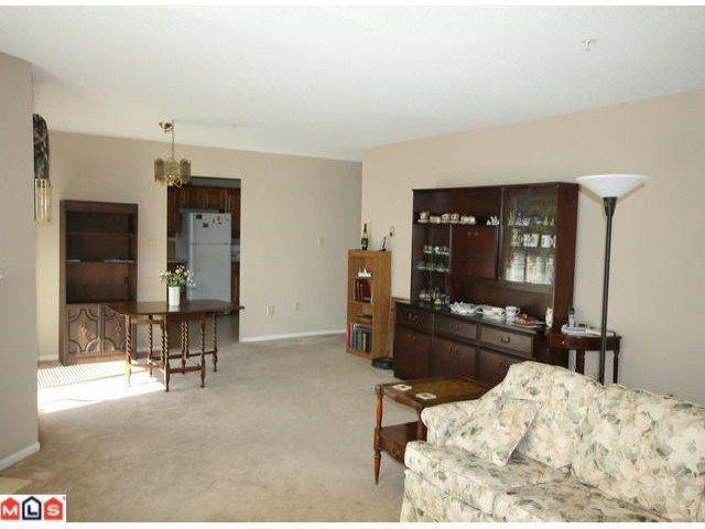 Photo 3: Photos: 201 15255 18TH Avenue in Surrey: King George Corridor Condo for sale (South Surrey White Rock)  : MLS®# F1224905