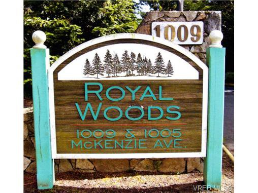 Main Photo: 410 1005 McKenzie Ave in VICTORIA: SE Quadra Condo for sale (Saanich East)  : MLS®# 646128