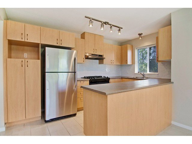 Photo 2: Photos: 411 9283 GOVERNMENT Street in Burnaby: Government Road Condo  (Burnaby North)  : MLS®# V1121339