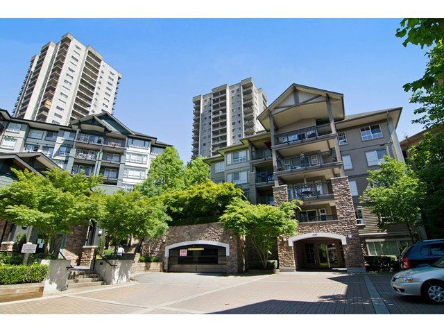 Main Photo: 411 9283 GOVERNMENT Street in Burnaby: Government Road Condo  (Burnaby North)  : MLS®# V1121339