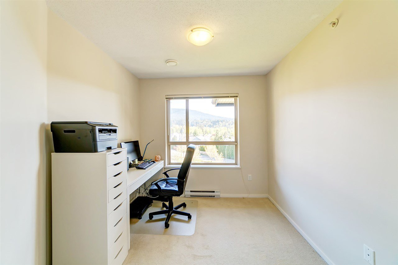 "Photo 9: Photos: 413 3178 DAYANEE SPRINGS Boulevard in Coquitlam: Westwood Plateau Condo for sale in ""Tamarack"" : MLS®# R2398189"