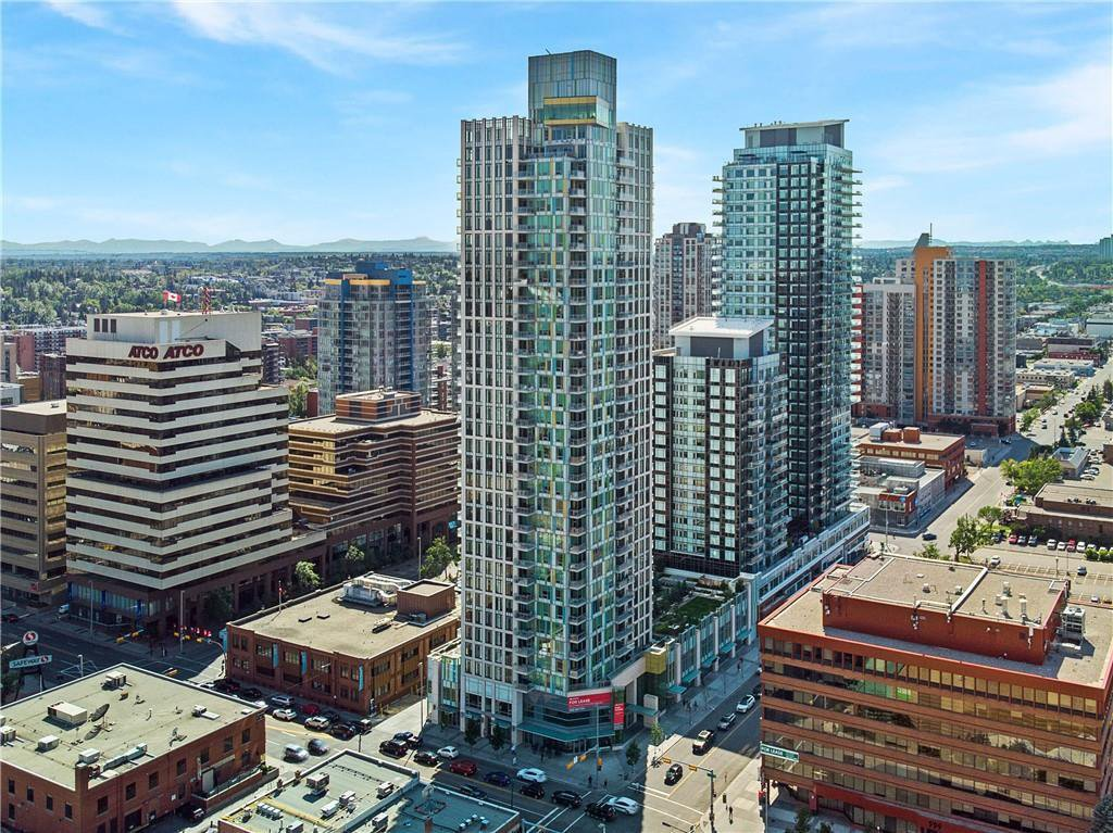 Main Photo: 2002 901 10 Avenue SW in Calgary: Beltline Apartment for sale : MLS®# C4264113