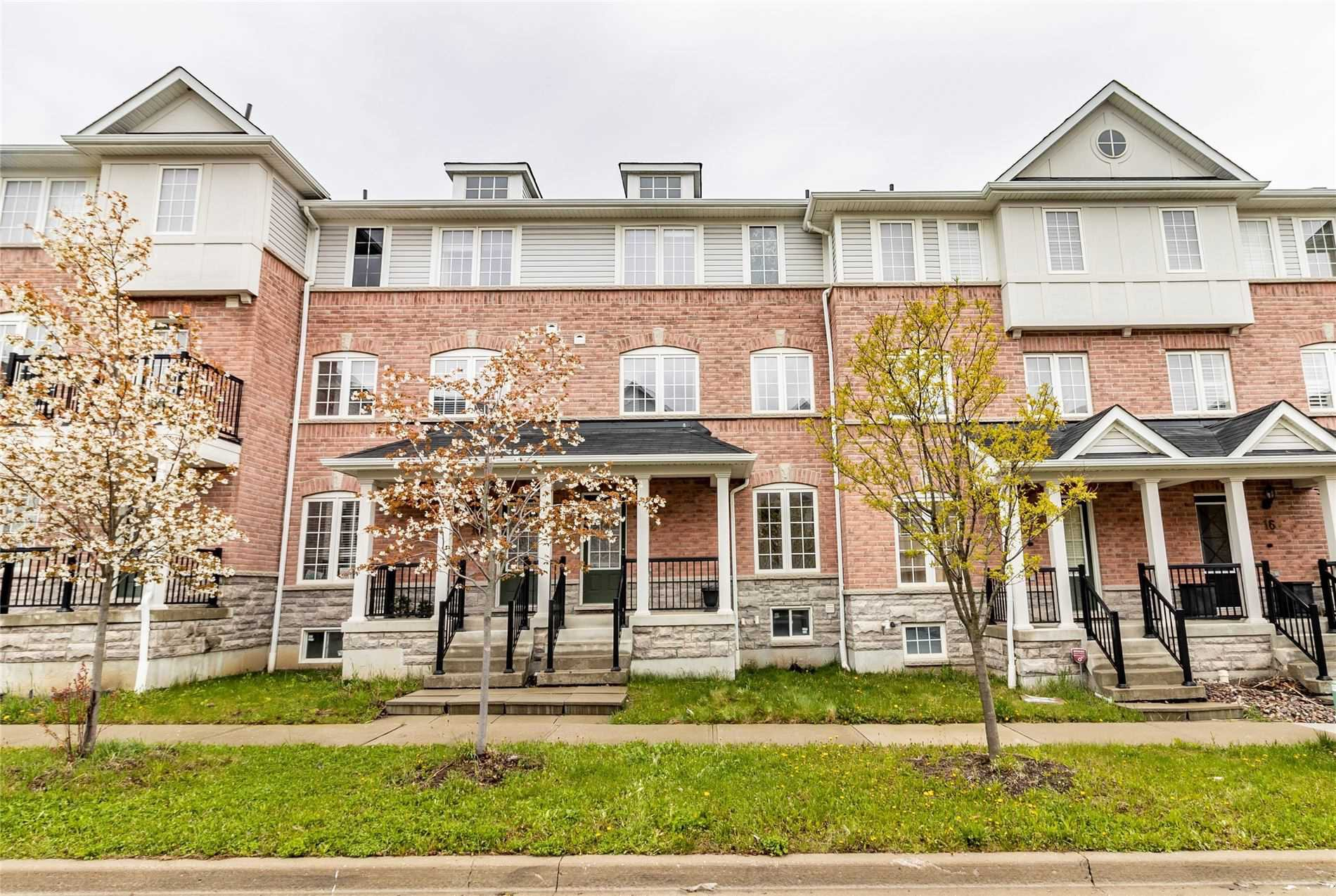 Main Photo: 12 Blunden Road in Ajax: Central East House (3-Storey) for sale : MLS®# E4764519