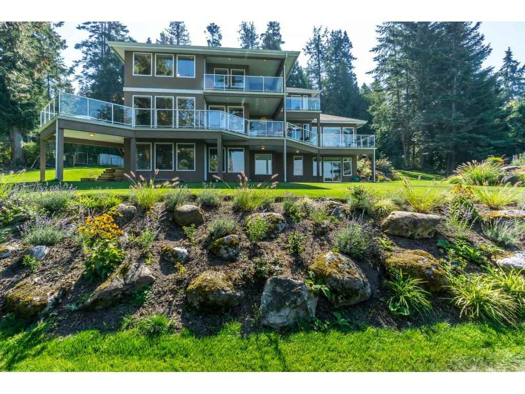 Main Photo: 12929 CRESCENT ROAD in Surrey: Crescent Bch Ocean Pk. House for sale (South Surrey White Rock)  : MLS®# R2456351
