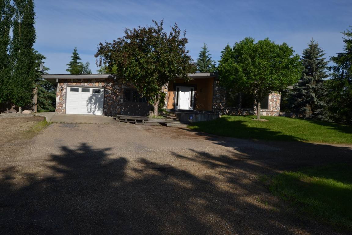 Main Photo: 25415 TWP 544: Rural Sturgeon County House for sale : MLS®# E4200498