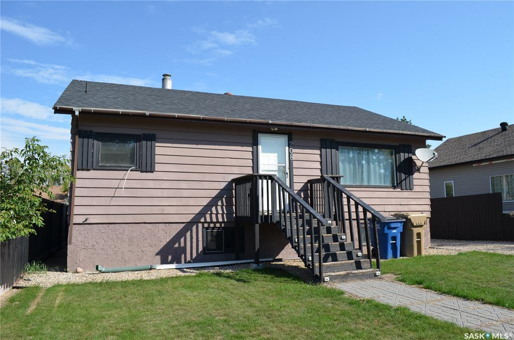 Main Photo: 208 3rd Avenue East in Shellbrook: Residential for sale : MLS®# SK831198