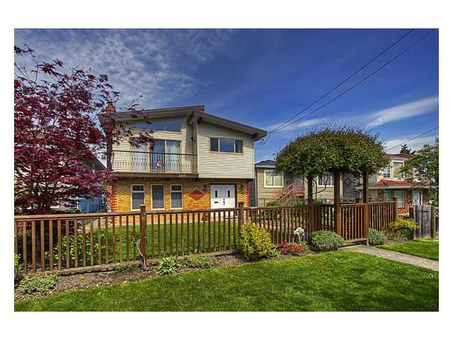 Photo 1: Photos: 2811 EUCLID Avenue in Vancouver: Collingwood VE House for sale (Vancouver East)  : MLS®# V948800