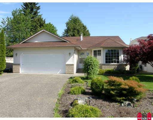 Main Photo: 45277 LABELLE AV in Chilliwack: Home for sale : MLS®# H2804443