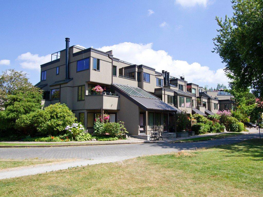 Main Photo: 854 Greenchain in Vancouver: Condo for sale