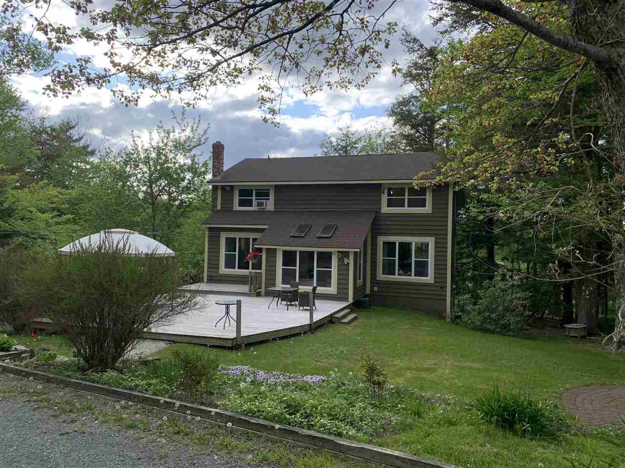 Main Photo: 91 Springfield Lake Road in Middle Sackville: 26-Beaverbank, Upper Sackville Residential for sale (Halifax-Dartmouth)  : MLS®# 202005806