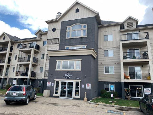 Main Photo: 404 592 HOOKE Road in Edmonton: Zone 35 Condo for sale : MLS®# E4195448