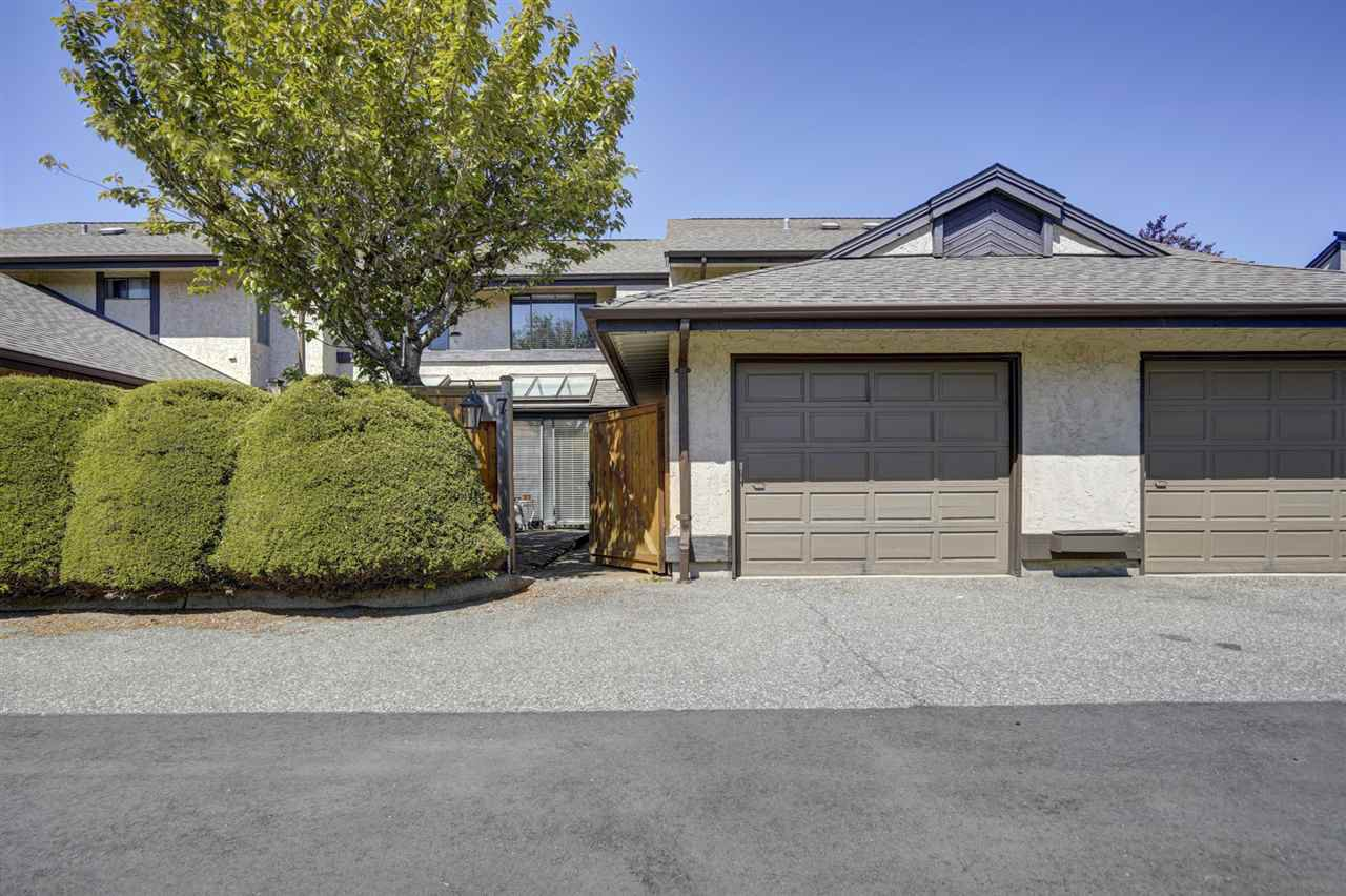 "Main Photo: 7 34755 OLD YALE Road in Abbotsford: Abbotsford East Townhouse for sale in ""Glenview"" : MLS®# R2454937"