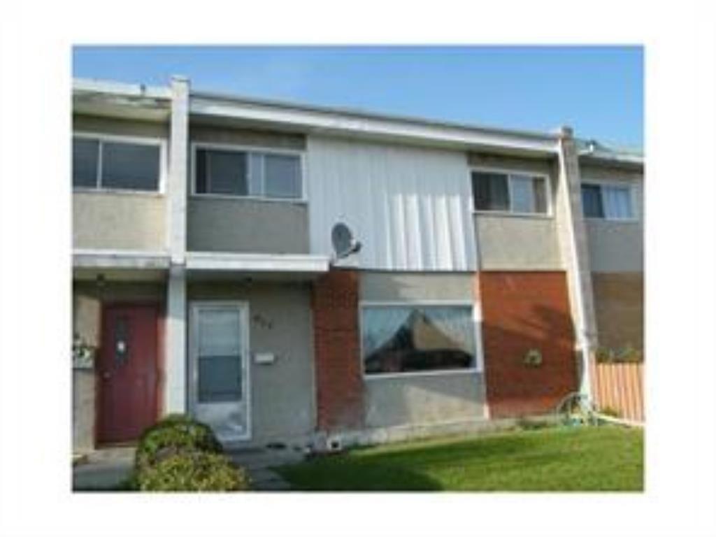 Main Photo: 417 Goddard Avenue NE in Calgary: Greenview Row/Townhouse for sale : MLS®# A1050790