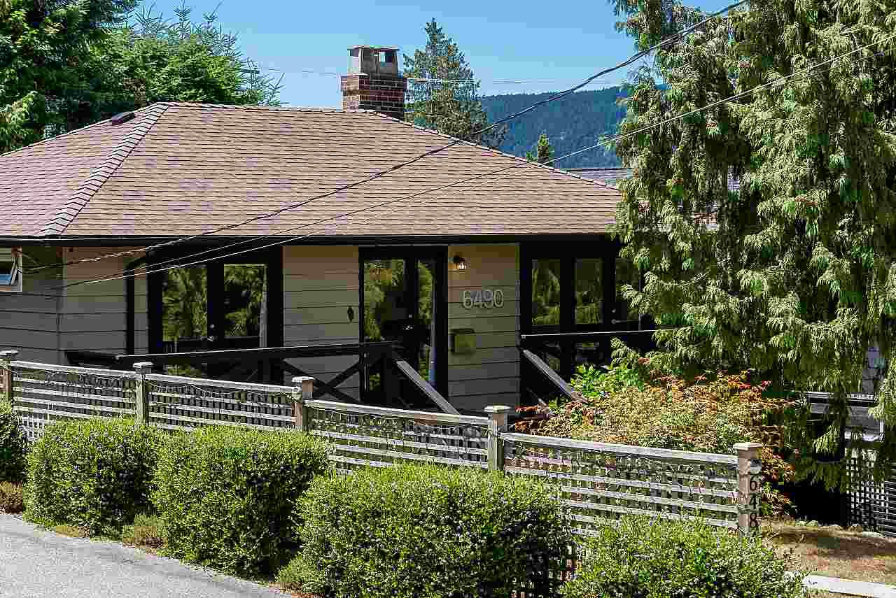"Main Photo: 6490 FOX Street in West Vancouver: Gleneagles House for sale in ""Gleneagles"" : MLS®# R2403064"