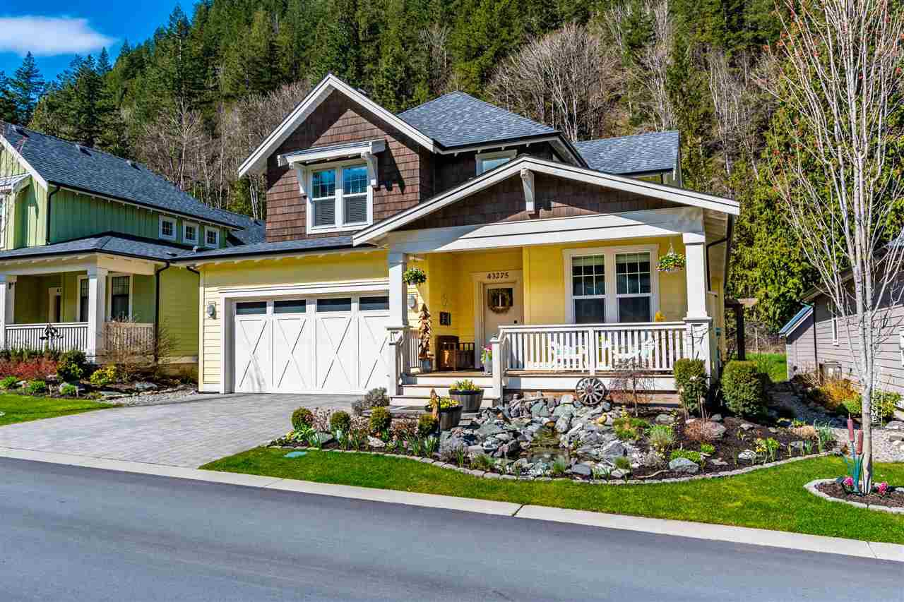 """Main Photo: 43275 OLD ORCHARD Lane in Cultus Lake: Lindell Beach House for sale in """"CREEKSIDE MILLS AT CULTUS LAKE"""" : MLS®# R2448787"""