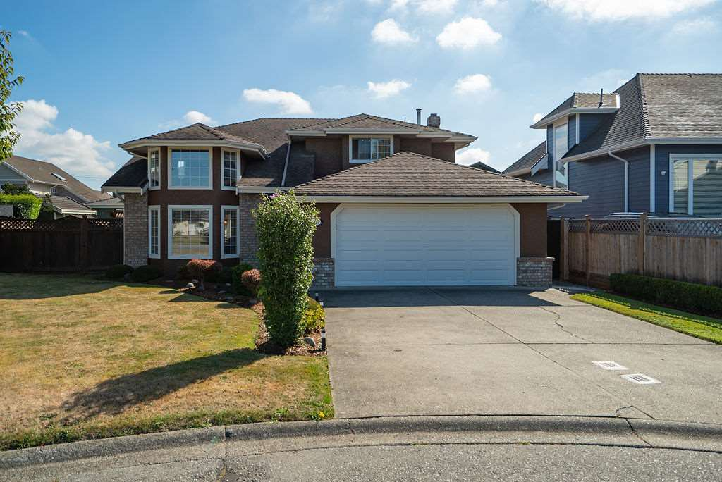 Main Photo: 6367 45 Avenue in Delta: Holly House for sale (Ladner)  : MLS®# R2495408