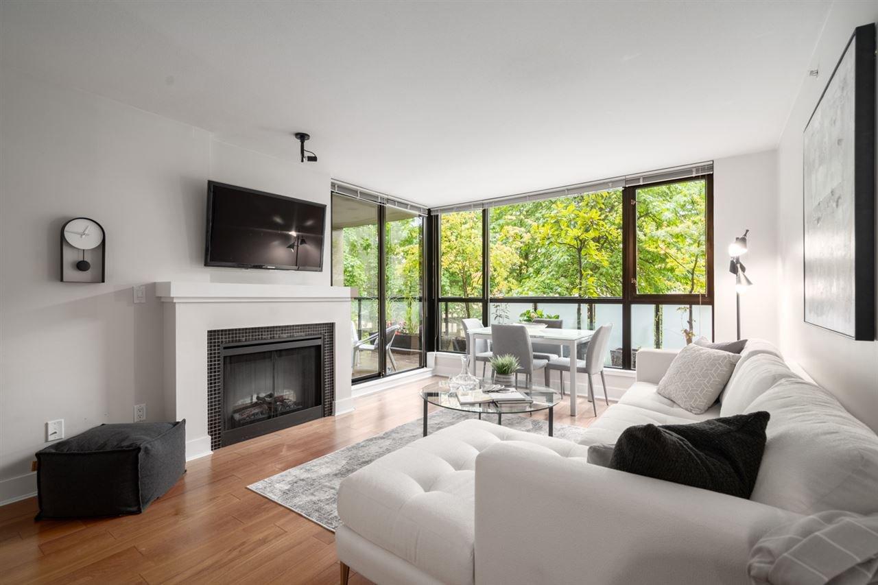 Main Photo: 201 2036 W 10TH AVENUE in Vancouver: Kitsilano Condo for sale (Vancouver West)  : MLS®# R2489797