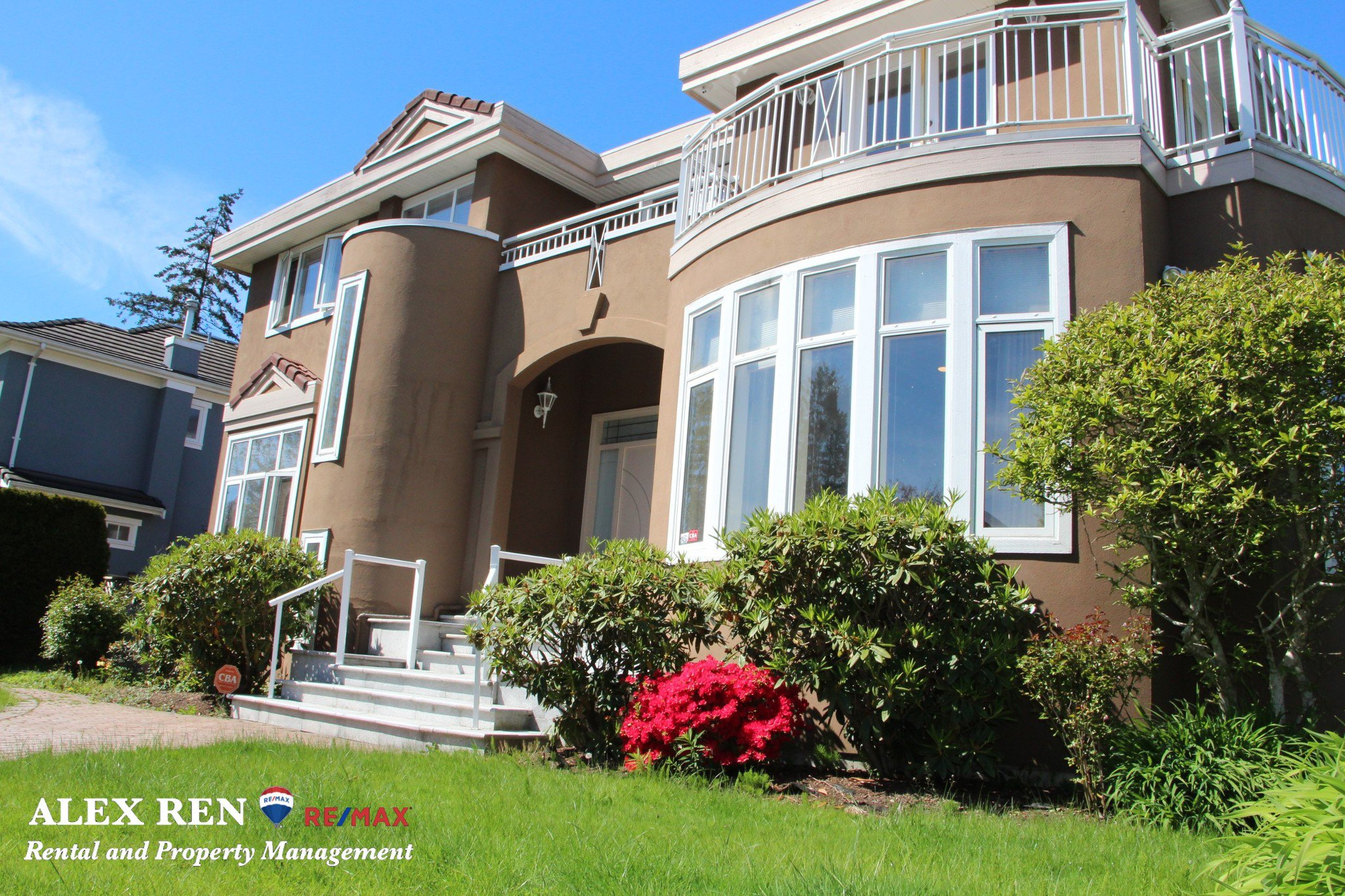 Main Photo: : Vancouver House for rent : MLS®# AR045B