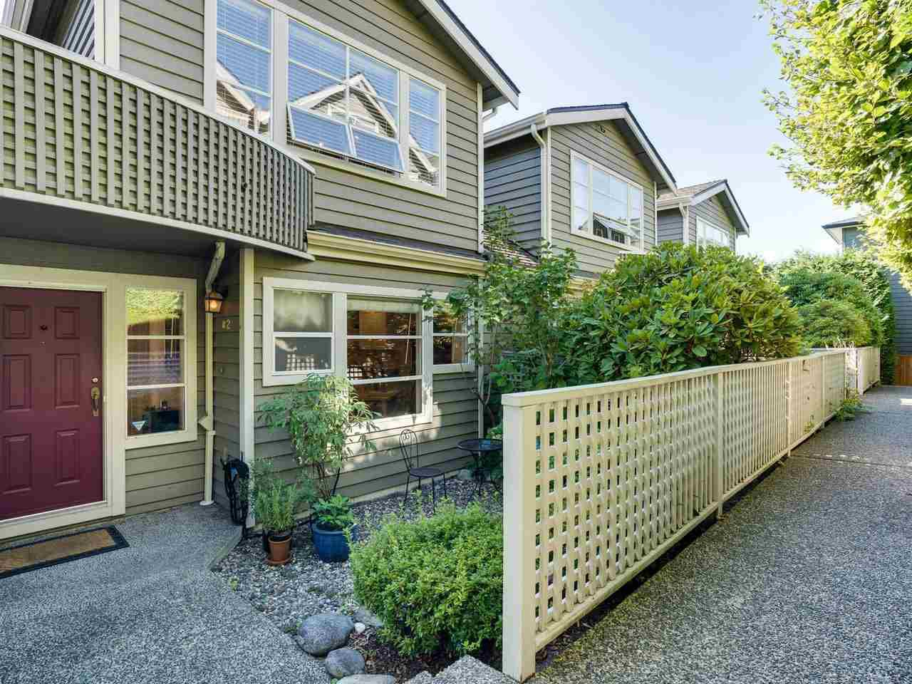 """Main Photo: B2 275 E 4TH Street in North Vancouver: Lower Lonsdale Townhouse for sale in """"BIRCHTREE SQUARE"""" : MLS®# R2497894"""