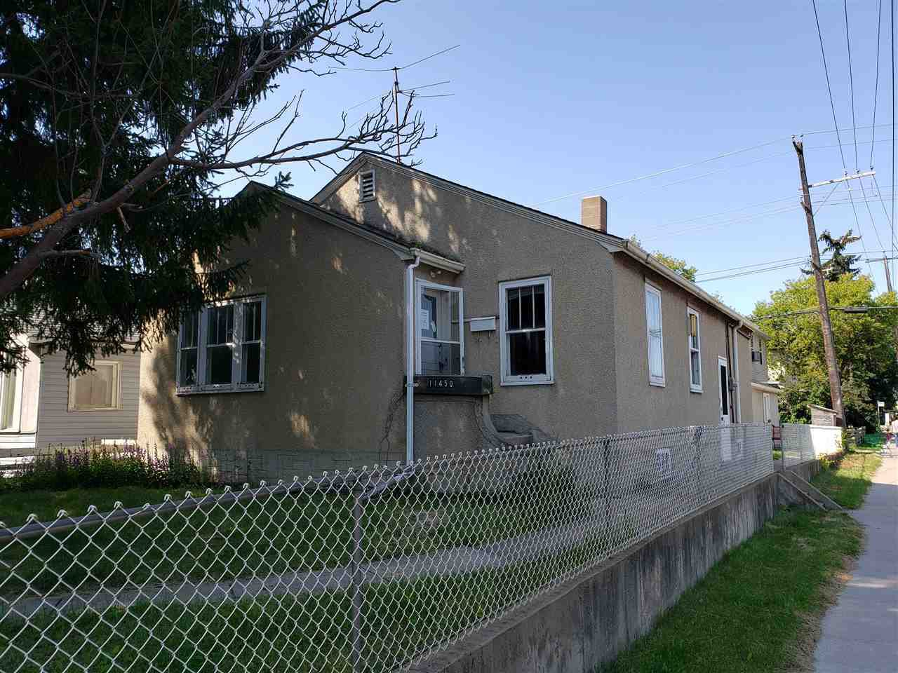 Main Photo: 11450 84 Street in Edmonton: Zone 05 House for sale : MLS®# E4170699