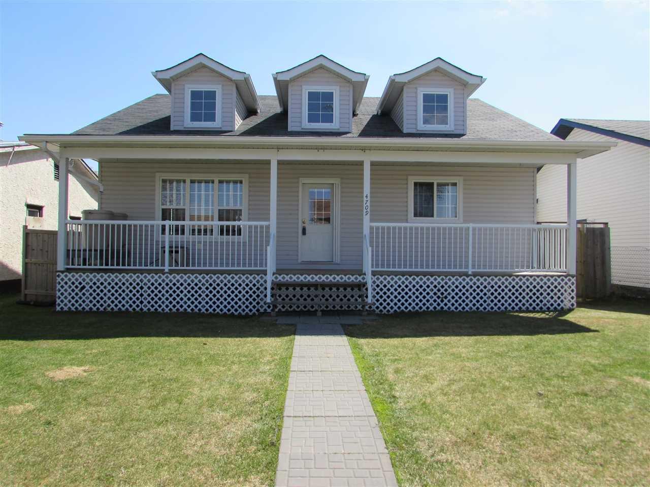 Main Photo: 4709 49 Avenue: Legal House for sale : MLS®# E4189649