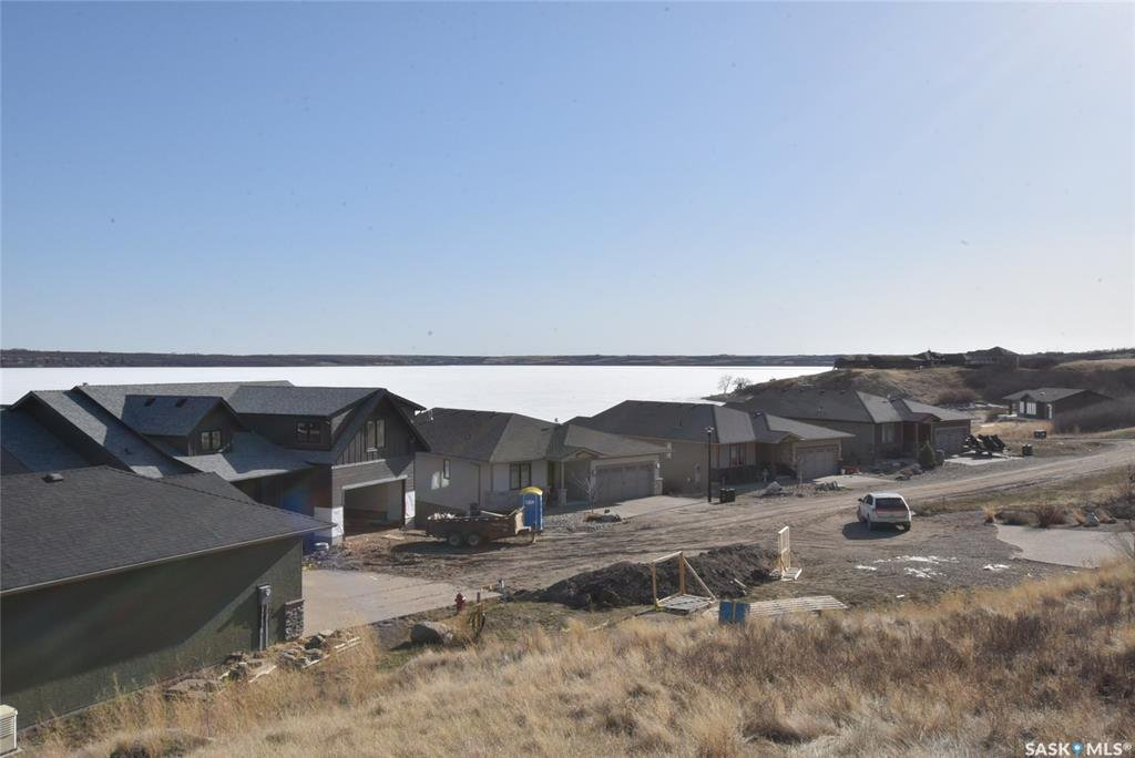 Main Photo: 334 Mihr Bay in Sun Dale: Lot/Land for sale : MLS®# SK821610
