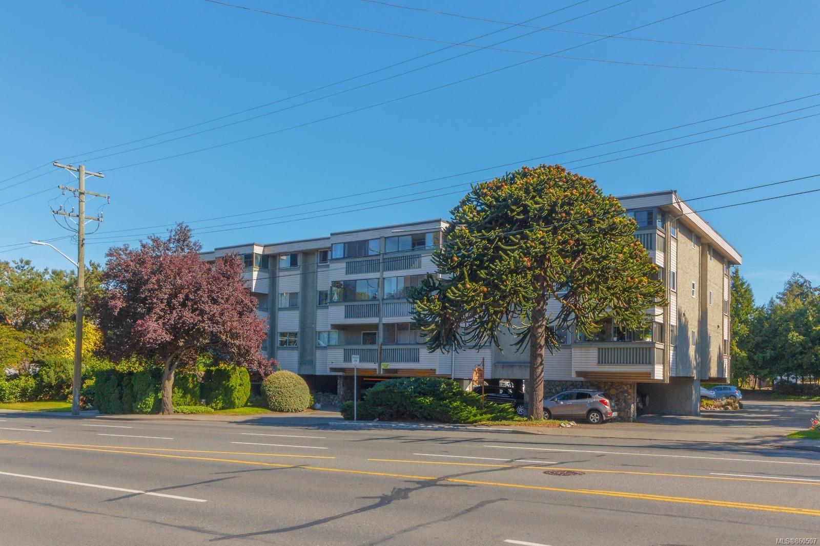 Main Photo: 306 1525 Hillside Ave in : Vi Oaklands Condo for sale (Victoria)  : MLS®# 860507