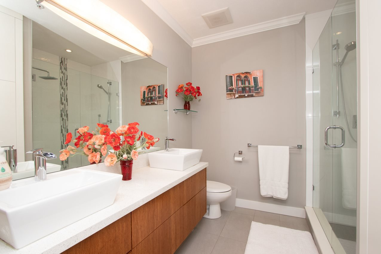 """Photo 14: Photos: 505 3608 DEERCREST Drive in North Vancouver: Roche Point Condo for sale in """"DEERFIELD AT RAVENWOODS"""" : MLS®# R2488419"""
