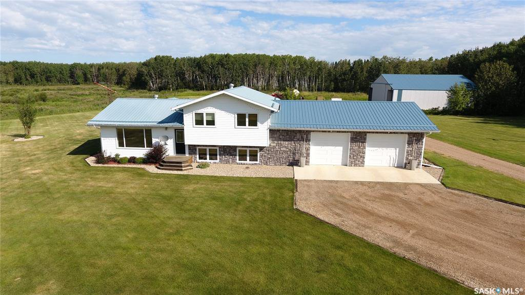 Main Photo: Brown Acreage in Barrier Valley: Residential for sale (Barrier Valley Rm No. 397)  : MLS®# SK824281