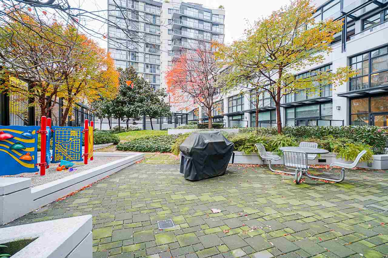 """Photo 32: Photos: 1243 SEYMOUR Street in Vancouver: Downtown VW Townhouse for sale in """"elan"""" (Vancouver West)  : MLS®# R2519042"""