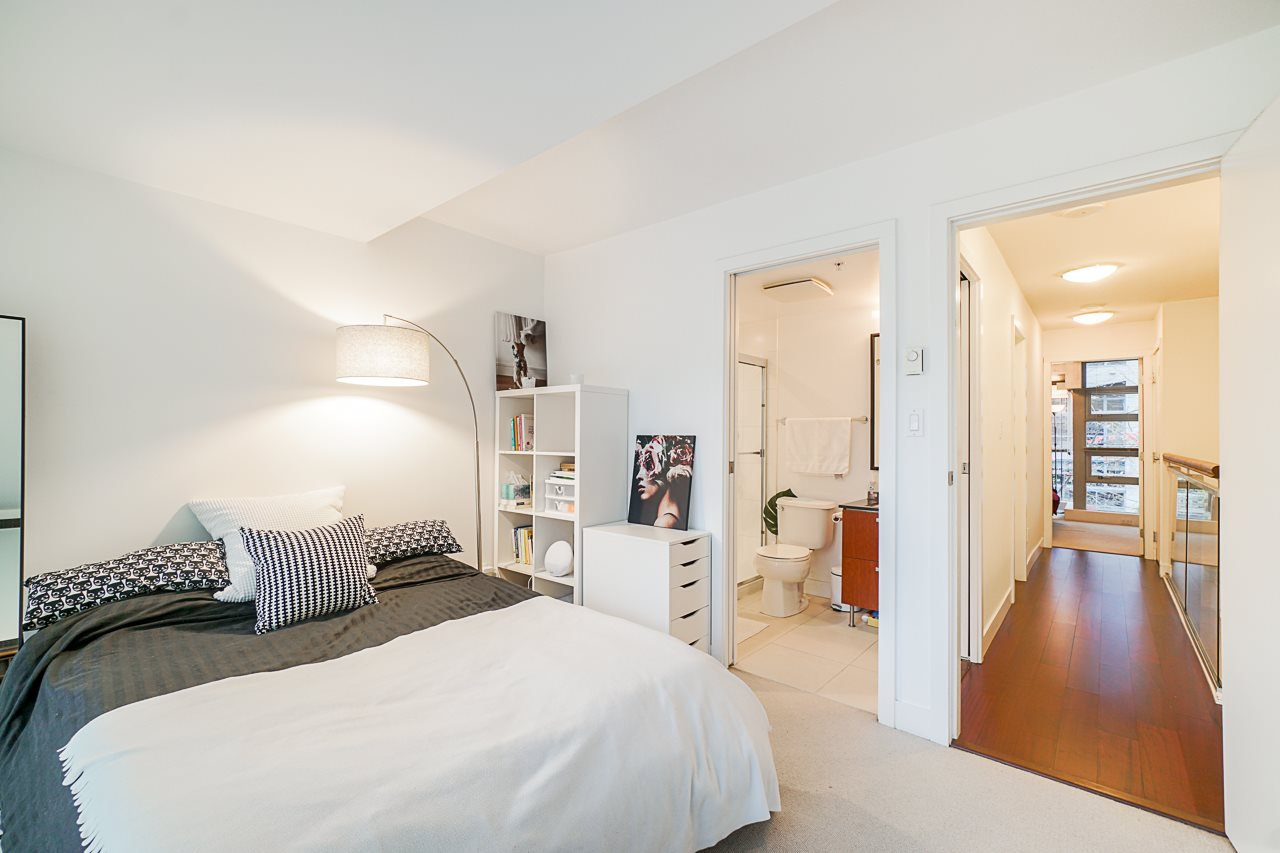 """Photo 26: Photos: 1243 SEYMOUR Street in Vancouver: Downtown VW Townhouse for sale in """"elan"""" (Vancouver West)  : MLS®# R2519042"""