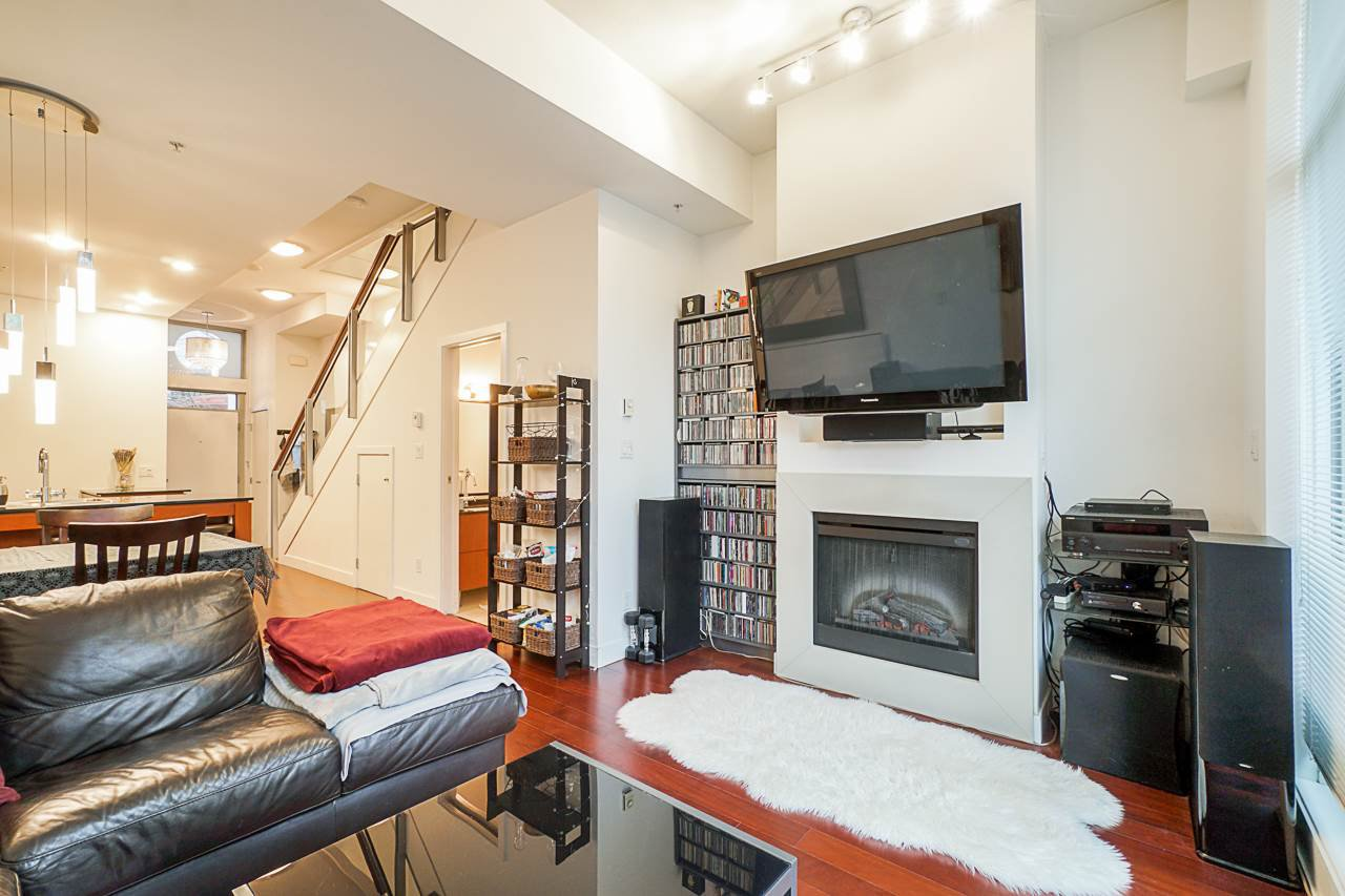 """Photo 14: Photos: 1243 SEYMOUR Street in Vancouver: Downtown VW Townhouse for sale in """"elan"""" (Vancouver West)  : MLS®# R2519042"""