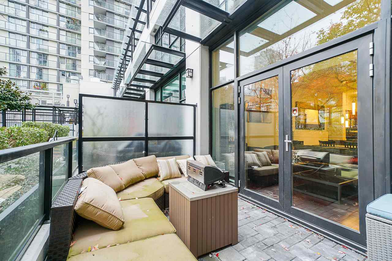 """Photo 31: Photos: 1243 SEYMOUR Street in Vancouver: Downtown VW Townhouse for sale in """"elan"""" (Vancouver West)  : MLS®# R2519042"""