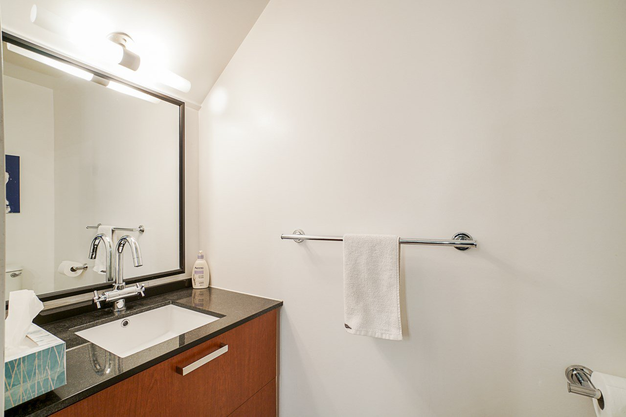 """Photo 18: Photos: 1243 SEYMOUR Street in Vancouver: Downtown VW Townhouse for sale in """"elan"""" (Vancouver West)  : MLS®# R2519042"""