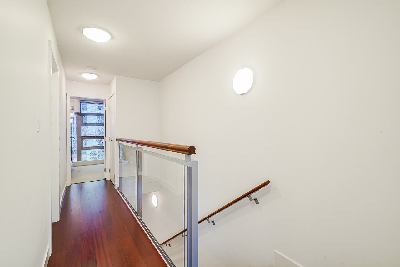 """Photo 21: Photos: 1243 SEYMOUR Street in Vancouver: Downtown VW Townhouse for sale in """"elan"""" (Vancouver West)  : MLS®# R2519042"""