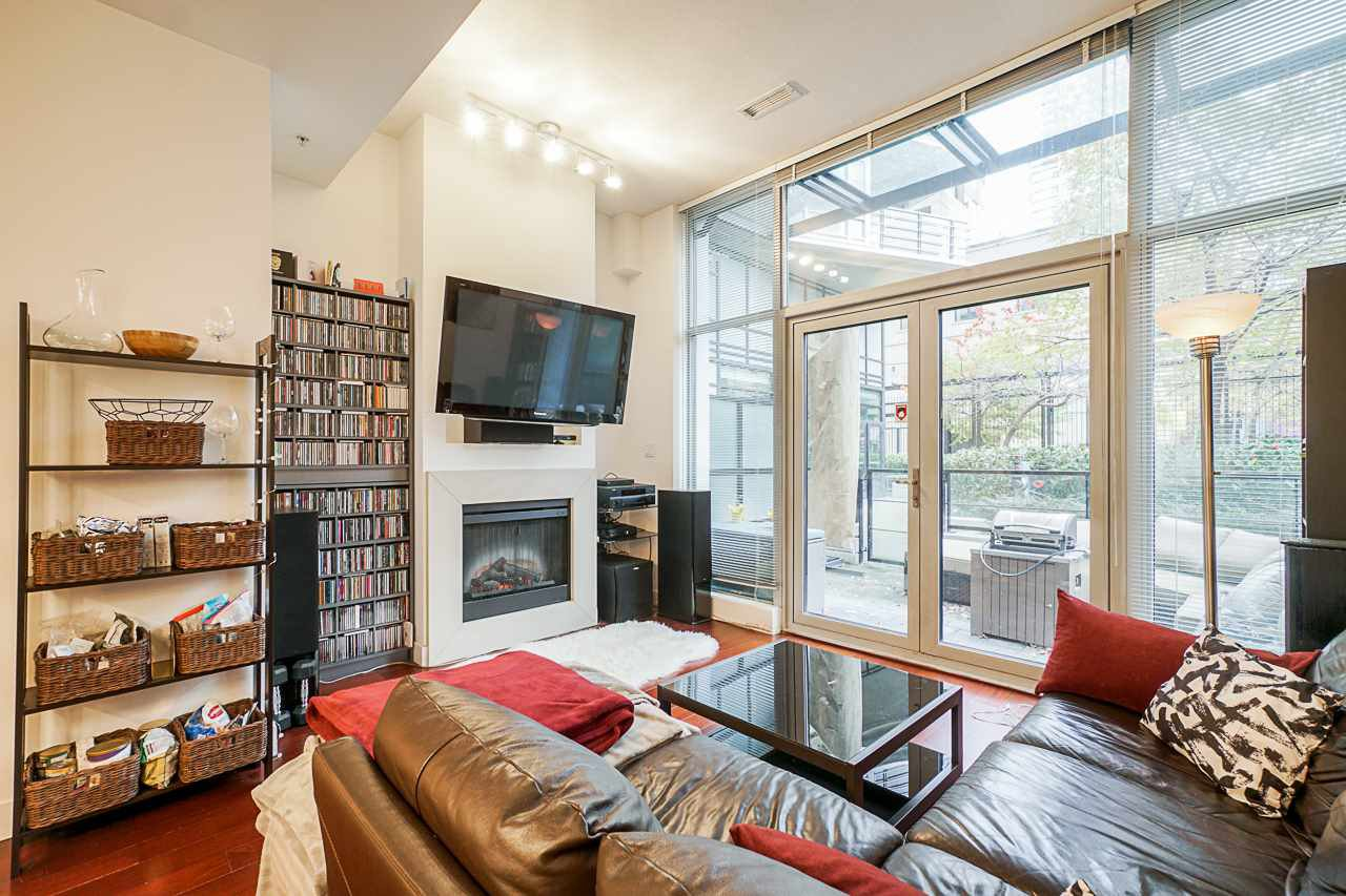 """Photo 12: Photos: 1243 SEYMOUR Street in Vancouver: Downtown VW Townhouse for sale in """"elan"""" (Vancouver West)  : MLS®# R2519042"""