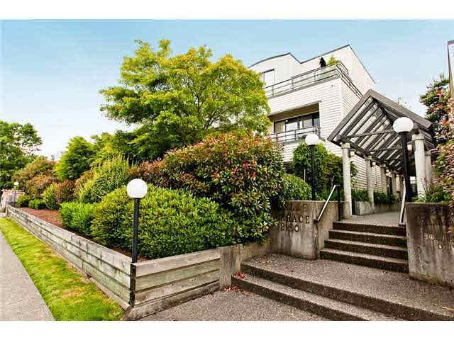 Main Photo: 3 2150 SE MARINE DRIVE in : South Marine Townhouse for sale (Vancouver East)  : MLS®# V938371