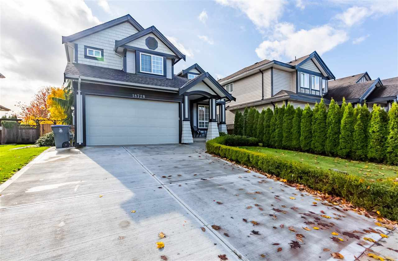 Main Photo: 18728 66 Avenue in Surrey: Cloverdale BC House for sale (Cloverdale)  : MLS®# R2442054