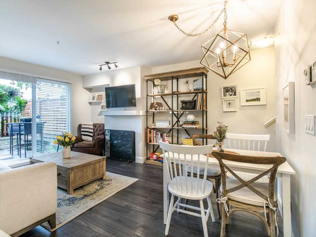 """Main Photo: 1 3140 W 4TH Avenue in Vancouver: Kitsilano Townhouse for sale in """"AVANTI"""" (Vancouver West)  : MLS®# R2468678"""