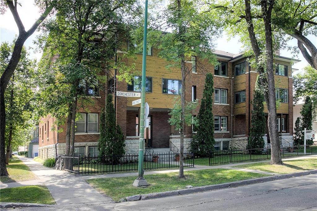 Main Photo: 12 734 Dorchester Avenue in Winnipeg: condo for sale (1B)  : MLS®# 202026975