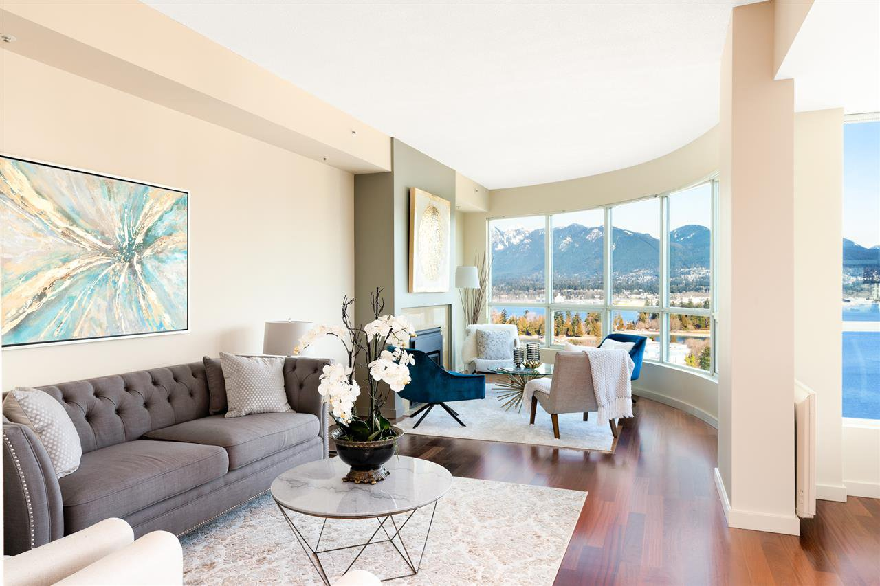 "Main Photo: 2502 588 BROUGHTON Street in Vancouver: Coal Harbour Condo for sale in ""Harbourside"" (Vancouver West)  : MLS®# R2434296"