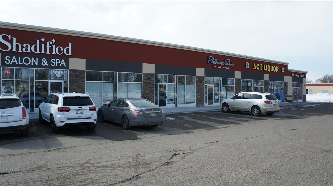 Main Photo: 307 10451 99 Avenue: Fort Saskatchewan Retail for sale or lease : MLS®# E4175877