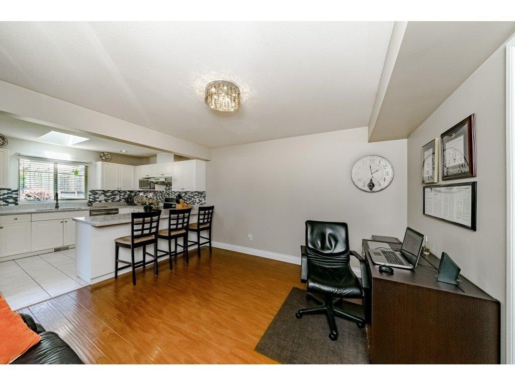 Photo 6: Photos: 831 QUADLING Avenue in Coquitlam: Coquitlam West House 1/2 Duplex for sale : MLS®# R2412905