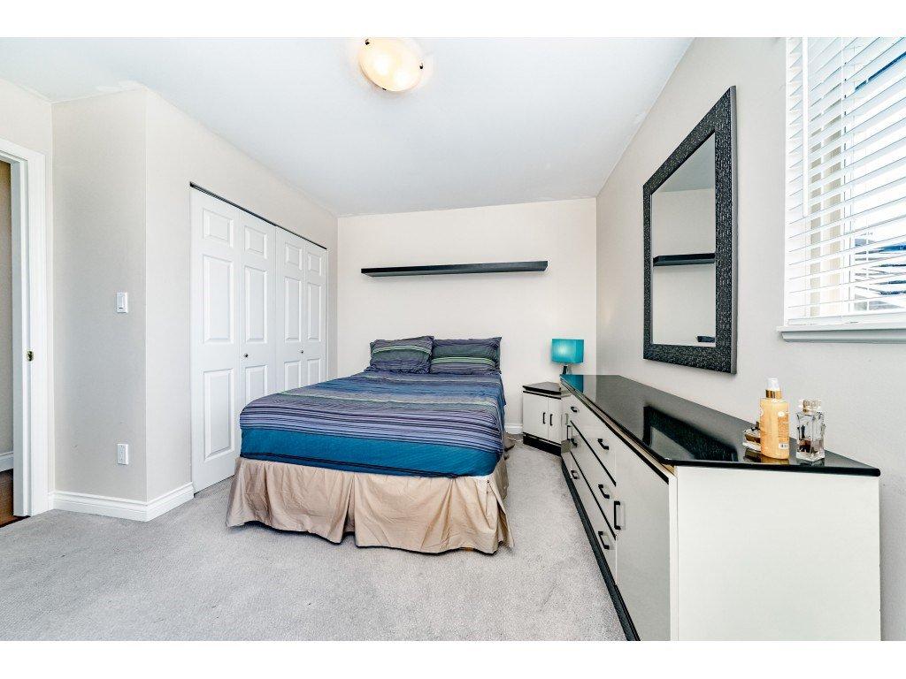 Photo 13: Photos: 831 QUADLING Avenue in Coquitlam: Coquitlam West House 1/2 Duplex for sale : MLS®# R2412905