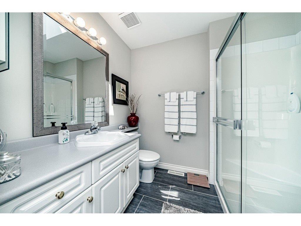 Photo 12: Photos: 831 QUADLING Avenue in Coquitlam: Coquitlam West House 1/2 Duplex for sale : MLS®# R2412905